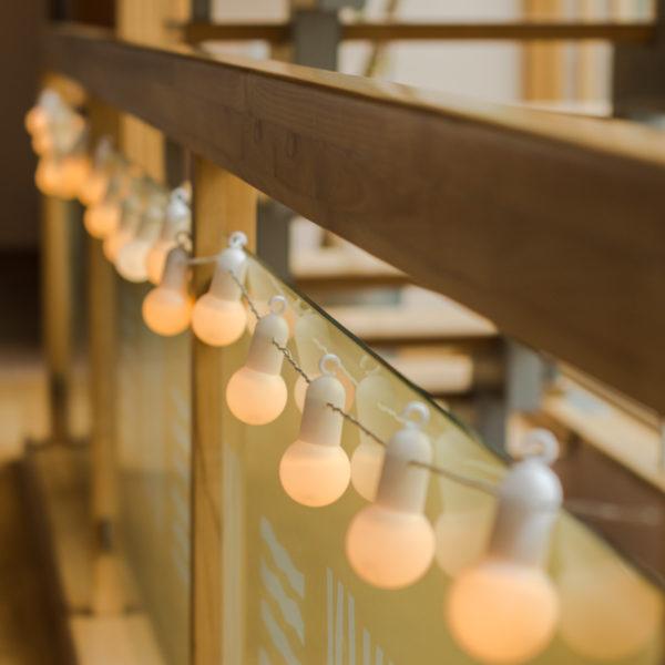 Lempučių girlianda HOOKY WHITE